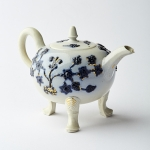 Three legged teapot